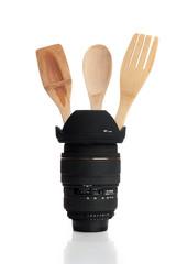 Objetivo con útiles de cocina