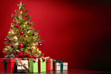 Wall Mural - Christmas tree and gifts