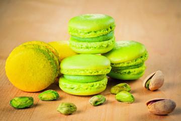 Spoed Foto op Canvas Macarons pistachio and lemon macaroons