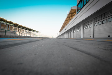 Aluminium Prints F1 auto-motor speedway garage station