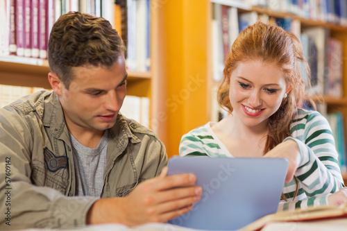 porno-studentka-prishla-na-dopolnitelnie-kursi