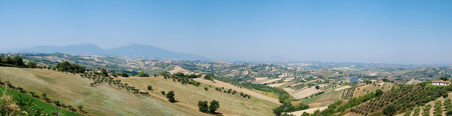 Fototapete - Paesaggio abruzzese