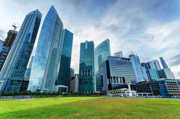 Foto op Plexiglas Singapore Skyscrapers in financial district of Singapore