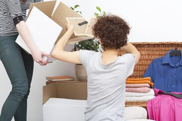 Girls moving in