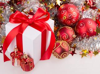 box red ribbon bow silver tinsel
