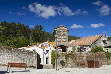 Spain, Galicia, Corcubion, horreo - traditional barn