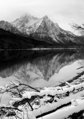 Sawtooth Mountain Lake Deep Winter Landscape Idaho Recreation