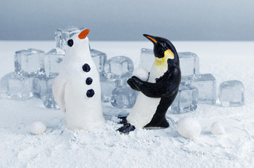 Making a snow penguin