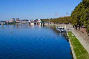 Le Garonne Canal, Toulouse France