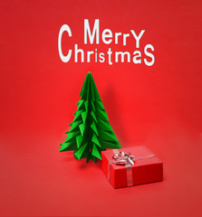 Small Christmas tree with Gift Box