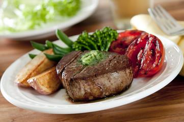 tenderloin steak with grilled vegetables