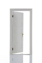 白色のドア