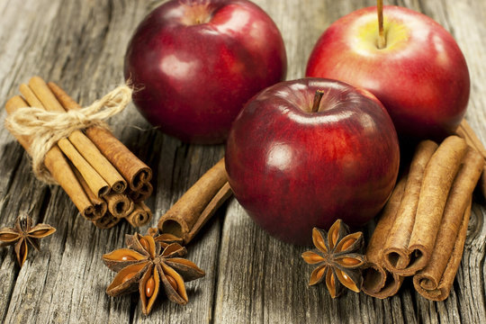 red christmas apples and cpices