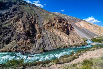 Fototapete - Wild water of Kekemeren river in Tien Shan