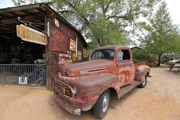Photos illustrations et vid os de voiture ancienne - Vieille voiture decapotable ...