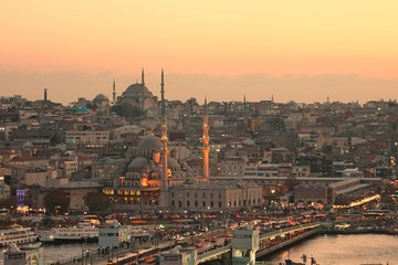 Istanbul sightseeing: Galata bridge, sunset
