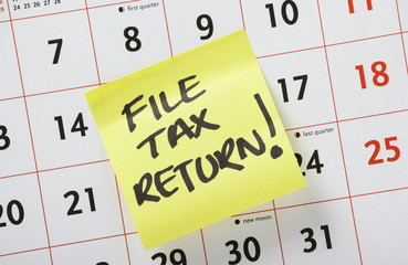 Reminder to File Tax Return on a calendar