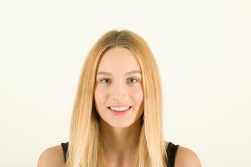 junges blondes Model