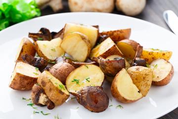 Roasted potato and mushrooms