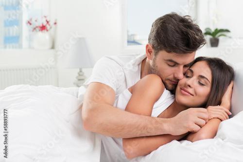 seksualnie-otnosheniya-molodih-lyudey