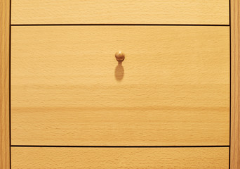 Wooden drawer box with a handle