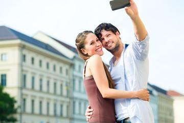 Touristen in München machen einen Ausflug