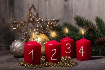 4. Advent vier kerzen brennen