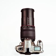 Spiegelreflex Kamera mit Zoom Objektiv