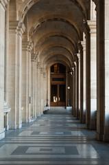 galerie du Louvre à Paris
