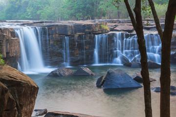 tad-ton waterfall
