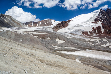 Wall Mural - Majestic Tien Shan mountains