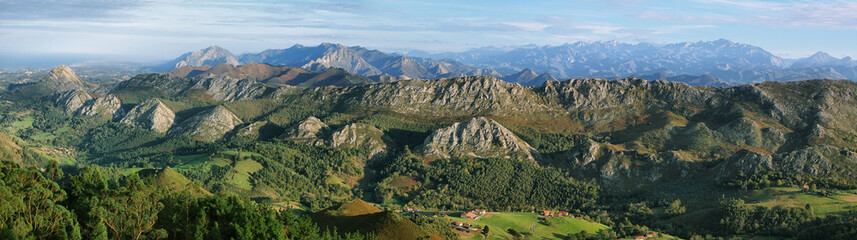 Viewpoint of Fito, view of the Picos de Europa