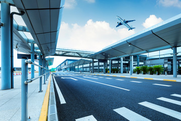 Shanghai Pudong Airport road