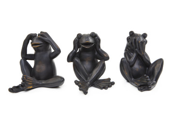 Three Metall Frogs
