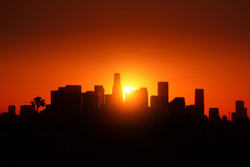 Klistermärke - Los Angeles city skyline sunrise.
