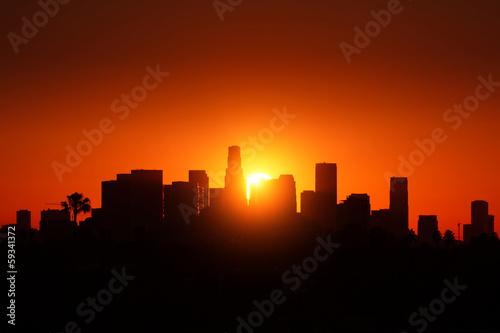 Fotobehang Los Angeles city skyline sunrise.