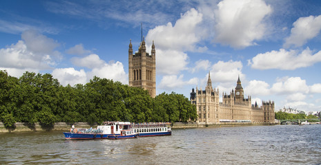 Big Ben and Houses of Parliament