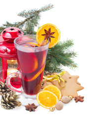 christma mulled wine with fir tree