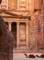 Vertical picture of Entrance in City of Petra, Jordan