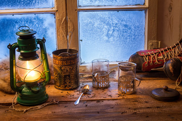 Fototapete - Brewing hot tea on a cold day