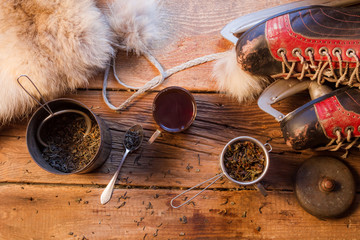 Fototapete - Warming tea on a cold evening