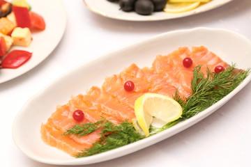 raw salmon with lemon