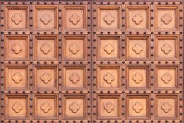 A wooden gate of the Siena dome