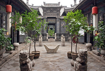 Keuken foto achterwand China Ornamental courtyard of a historical house in Pingyao, China