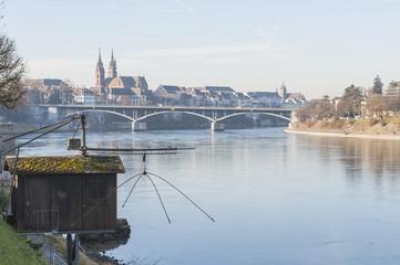Basel, Rhein, Ufer, Fischer, Galgenfischer, Altstadt, Schweiz