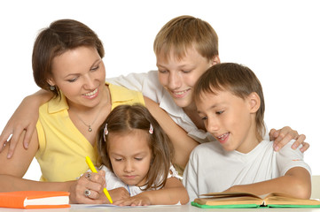 Mom drawing with her kids