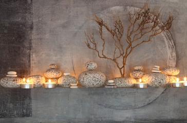 Obraz Installation vor abstraktem Gemälde - fototapety do salonu