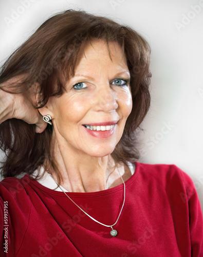 Fröhliche reife Frau Stockfotos und lizenzfreie Bilder
