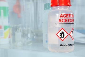 Aceton bottle