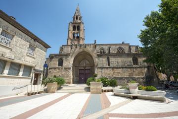 Montagnac, gothic church